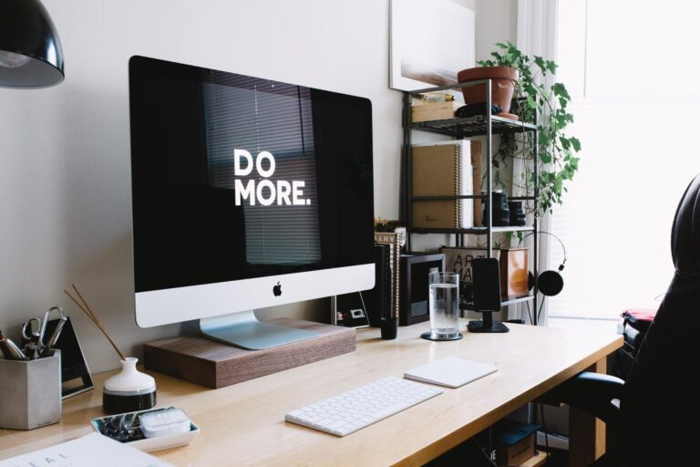 how to motivate a remote worker featured image