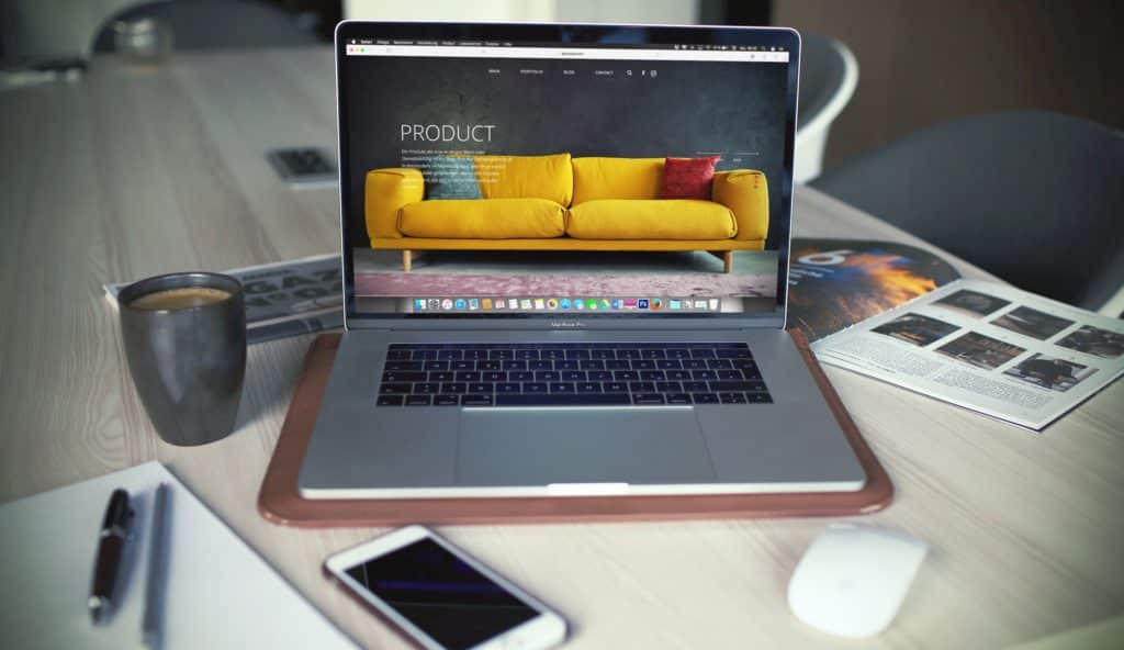 The 4 Most Important Topics to Consider When Constructing an Online Business featured image